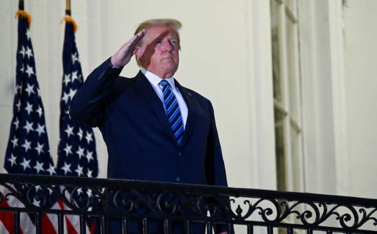"""Πρώην πρέσβης των ΗΠΑ στην Αθήνα εύχεται """"καλά ξεκουμπίδια"""" στον Τραμπ"""