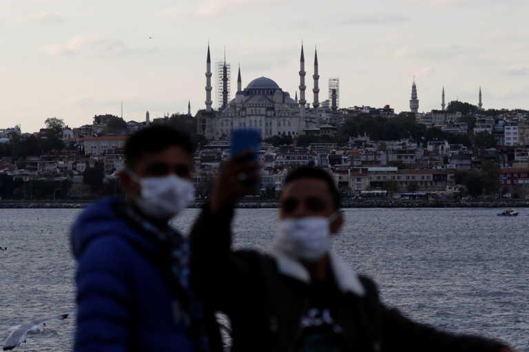 Κορονοϊός: Νέα μέτρα περιορισμού εξετάζονται στην Τουρκία