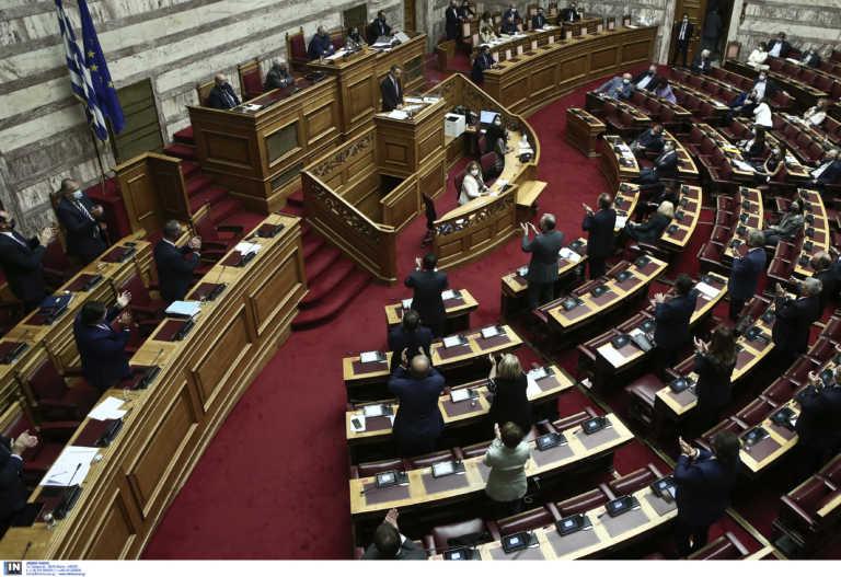 Βουλή Live – Η ονομαστική ψηφοφορία για την πρόταση μομφής κατά του Χρήστου Σταϊκούρα