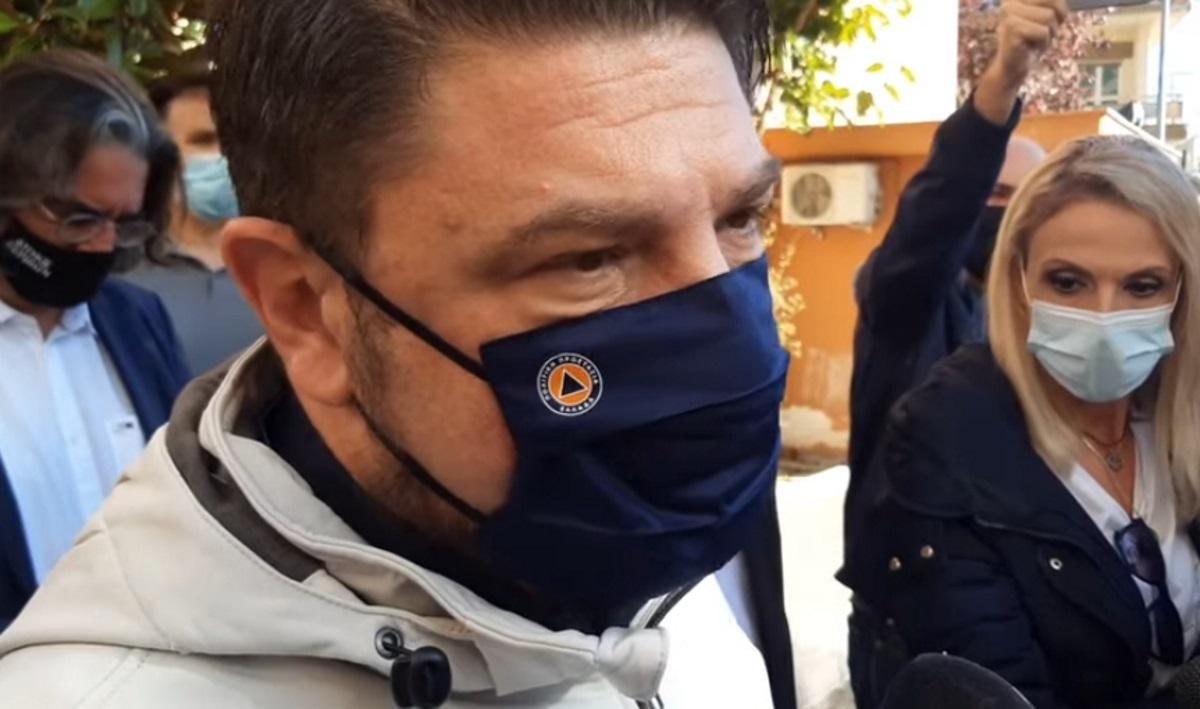 Θεσσαλονίκη – Χαρδαλιάς: «Στοίχημα η επιχείρηση Ελευθερία» – Αυτοψία στο εμβολιαστικό κέντρο της ΔΕΘ (video)