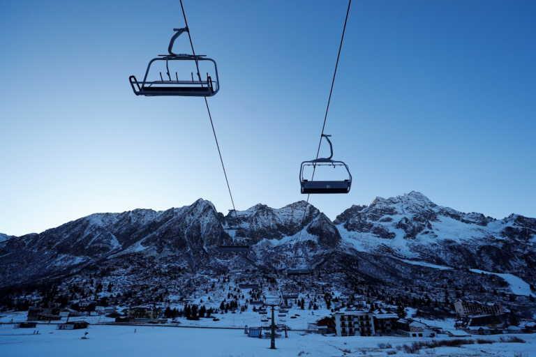 Δεν ενδίδουν στις πιέσεις τα ελβετικά θέρετρα σκι – Προετοιμάζονται πυρετωδώς για την εορταστική περίοδο