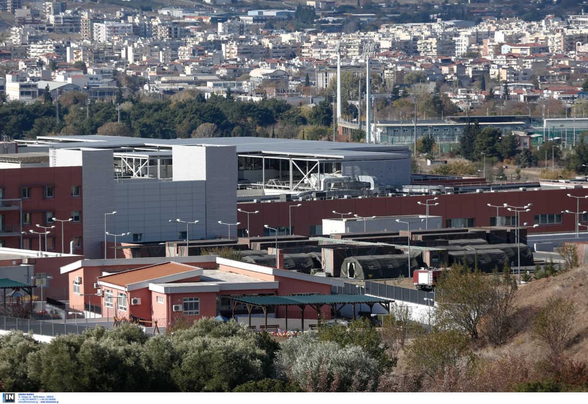Θεσσαλονίκη: Υπερσύγχρονο το κινητό νοσοκομείο των 5 εκατ. που στήνεται στο πάρκινγκ του 424 – Τι περιλαμβάνει