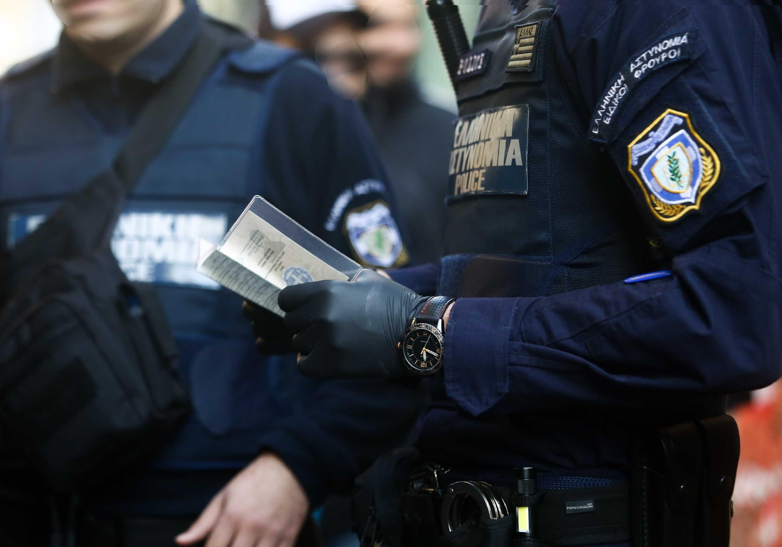 Συναγερμός για δεκάδες κρούσματα κορονοϊού σε αστυνομικούς της Δυτικής Ελλάδας!