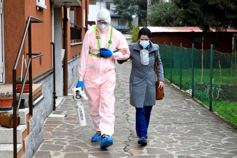 Κορονοϊός: 827 νεκροί σε μια μέρα στην Ιταλία – Εξετάζεται χαλάρωση των μέτρων