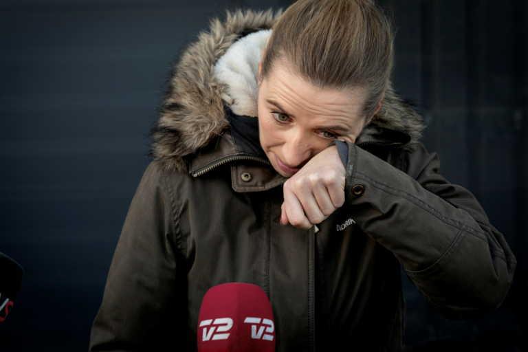 Τα δάκρυα της πρωθυπουργού της Δανίας για τη σφαγή των μινκ (video)