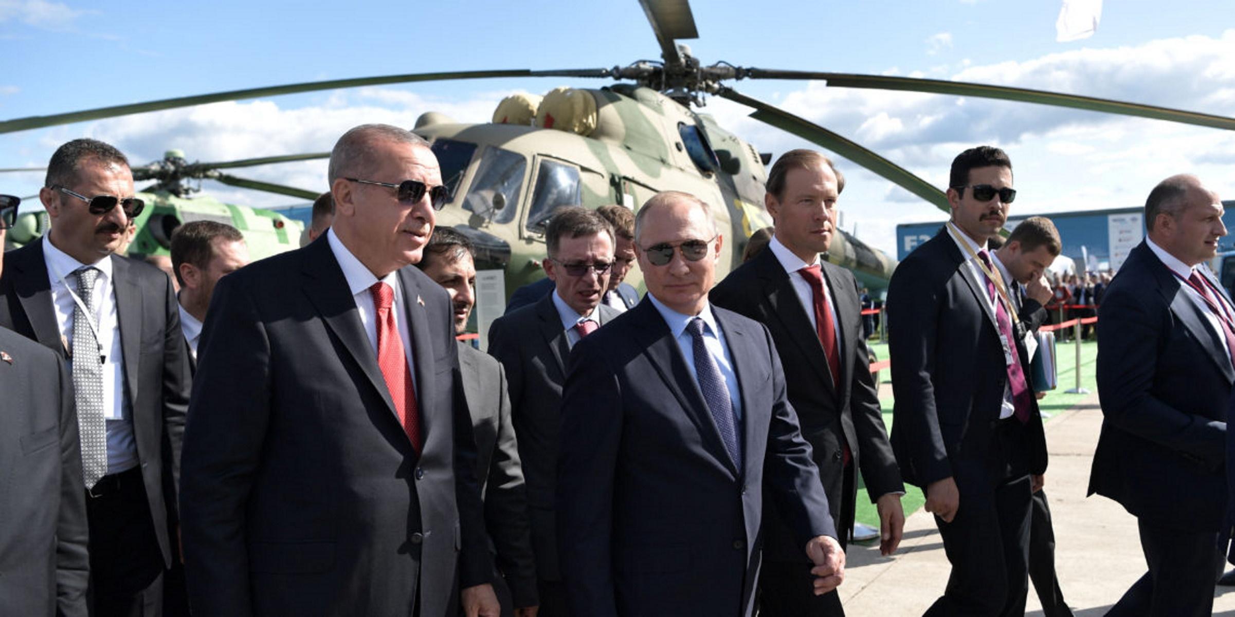 """""""Υποπτη"""" πρόταση Ερντογάν σε Πούτιν για """"εμπλοκή"""" τρίτων χωρών στο Ναγκόρνο Καραμπάχ"""