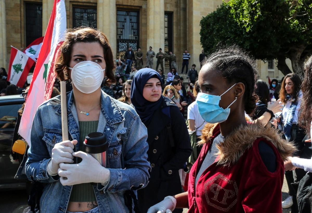 """""""Ας μαγειρέψουν και λίγο οι γυναίκες""""! Χαμός για """"σεξιστική δήλωση"""" υπουργού στο στο Λίβανο"""