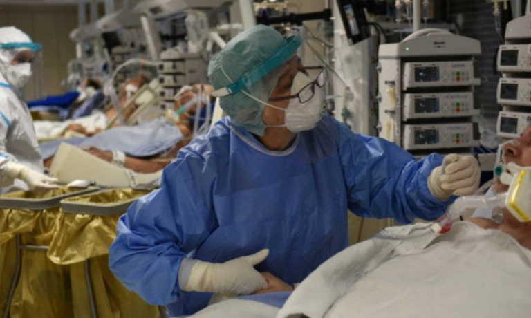 Κορονοϊός: Δωρεά φορητού αναπνευστήρα στο Νοσοκομείο Δράμας από τους δικηγόρους