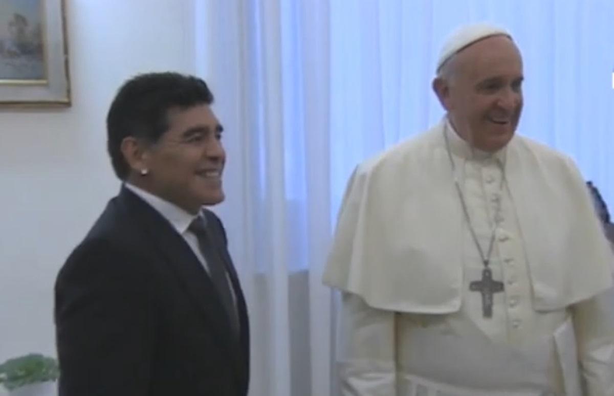 Μαραντόνα: Το δώρο που έστειλε ο Πάπας Φραγκίσκος στην πρώην σύζυγό του Ντιέγκο