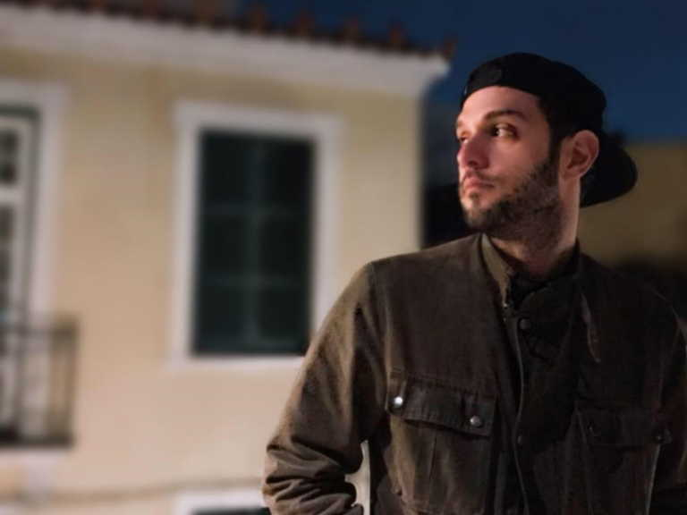 Δύσκολες ώρες για τον νικητή του ελληνικού X-Factor – Έφυγε από τη ζωή ο πατέρας του