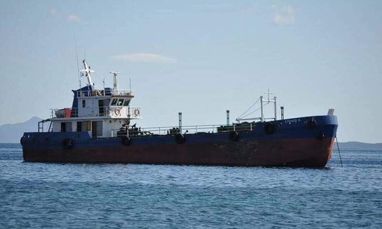 «Ανησυχώ για το παιδί μου!» – Η μητέρα  ναυτικού του «Στελιος Κ» που είναι στα χέρια πειρατών μιλάει στο newsit.gr