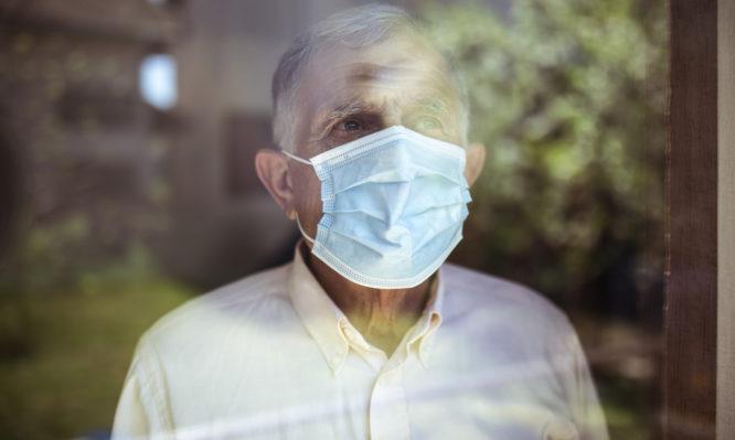 Κορονοϊός: Δείτε ποιο άγνωστο σύμπτωμα είναι συχνά το μοναδικό στους ηλικιωμένους