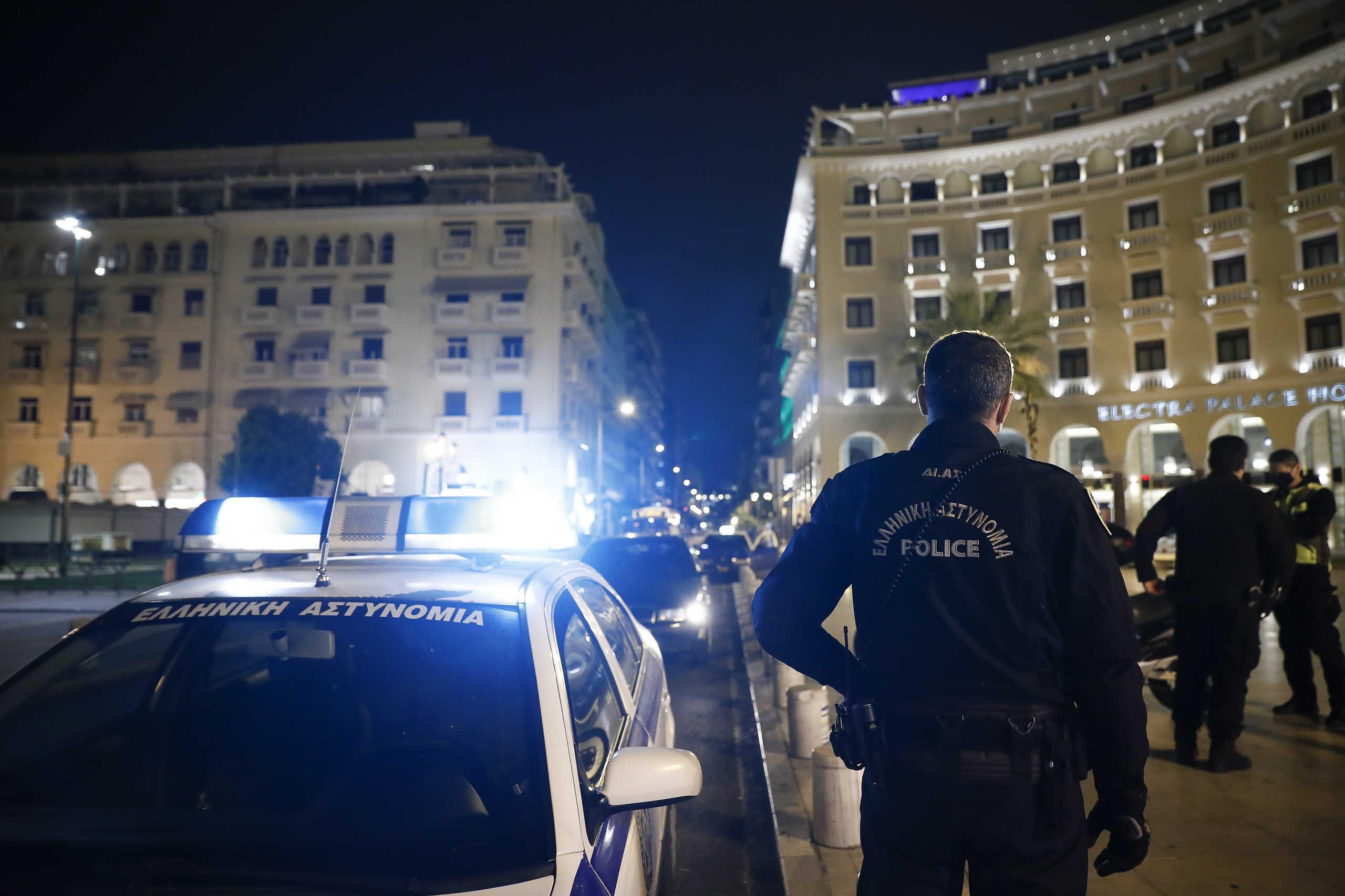 Lockdown: Ασταμάτητοι έλεγχοι στη Θεσσαλονίκη και νυχτερινές περιπολίες (pics)