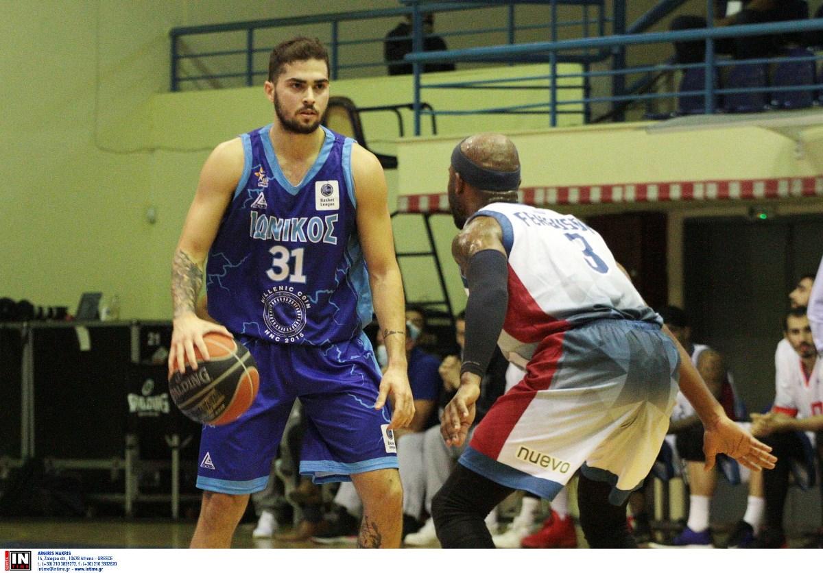 Τολιόπουλος