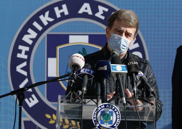 Χρυσοχοΐδης από Δράμα: Θα σταματήσουμε τον κορονοϊό – Αυστηρότεροι έλεγχοι για… ασυνείδητους κι ανόητους (video)