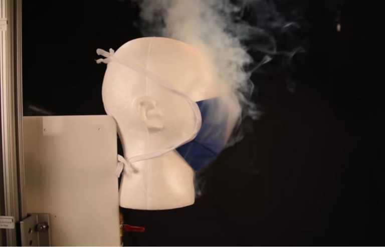 COVID-19: Πρέπει να είσαι τρελός για να μην φοράς μάσκα αφότου δεις το πείραμα της Mayo Clinic