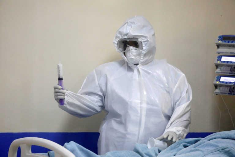 """Κορονοϊός: """"Η Αφρική απέχει πολύ από το θεωρηθεί έτοιμη για τους μαζικούς εμβολιασμούς"""""""