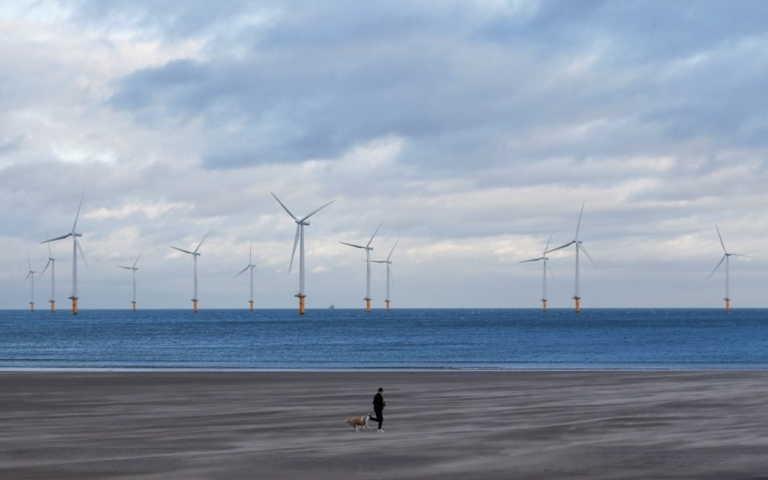 «Καθ' οδόν» οι ανεμογεννήτριες πάνω στη θάλασσα – Έως τον Ιούνιο το νομοσχέδιο