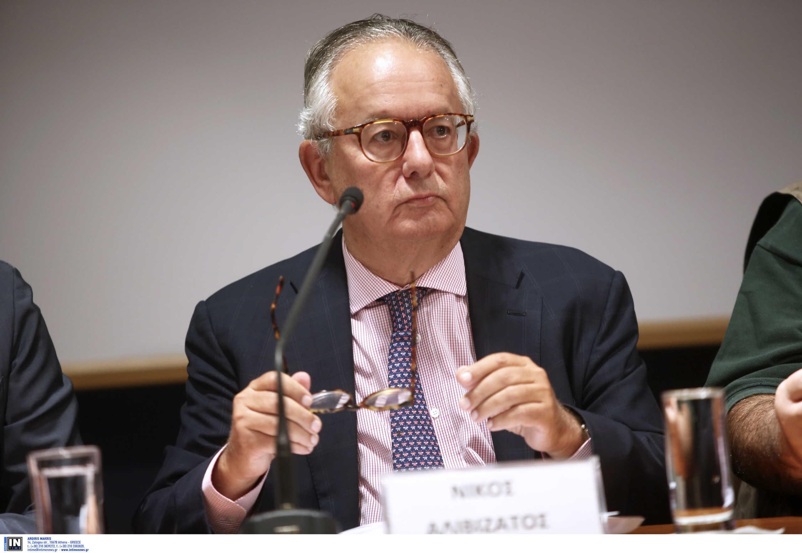 Ν. Αλιβιζατος: Δεν είναι αντισυνταγματική η απαγόρευση των συναθροίσεων