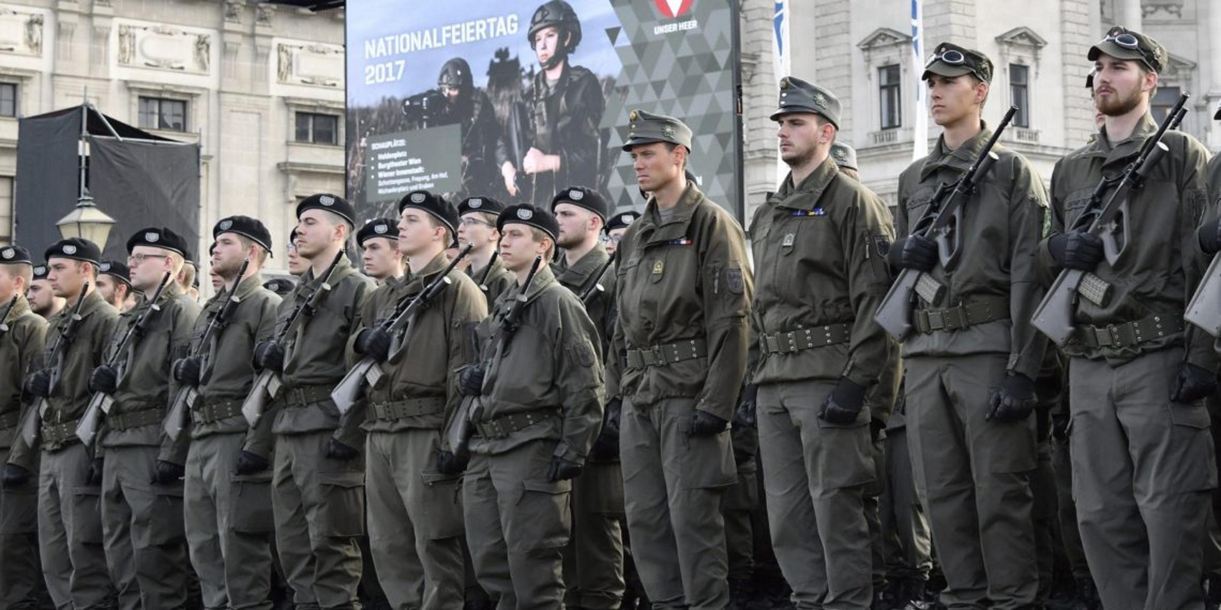 """Κορονοϊός: Η Αυστρία """"επιστρατεύει"""" τις Ένοπλες Δυνάμεις για τη διενέργεια μαζικών τεστ!"""