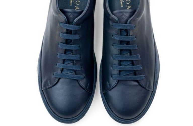 Τα καλύτερα μπλε sneakers που κυκλοφορούν αυτή την στιγμή