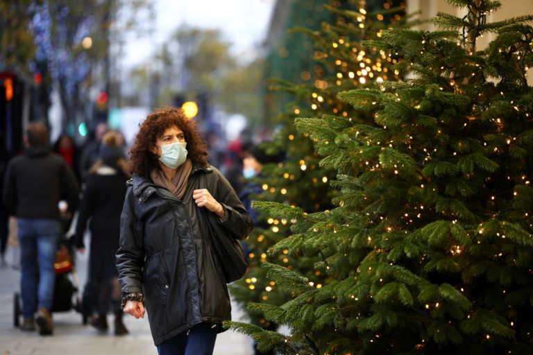 Βρετανία: Δεν θα είναι φυσιολογικά φέτος τα Χριστούγεννα παραδέχεται ο ΥΠΟΙΚ