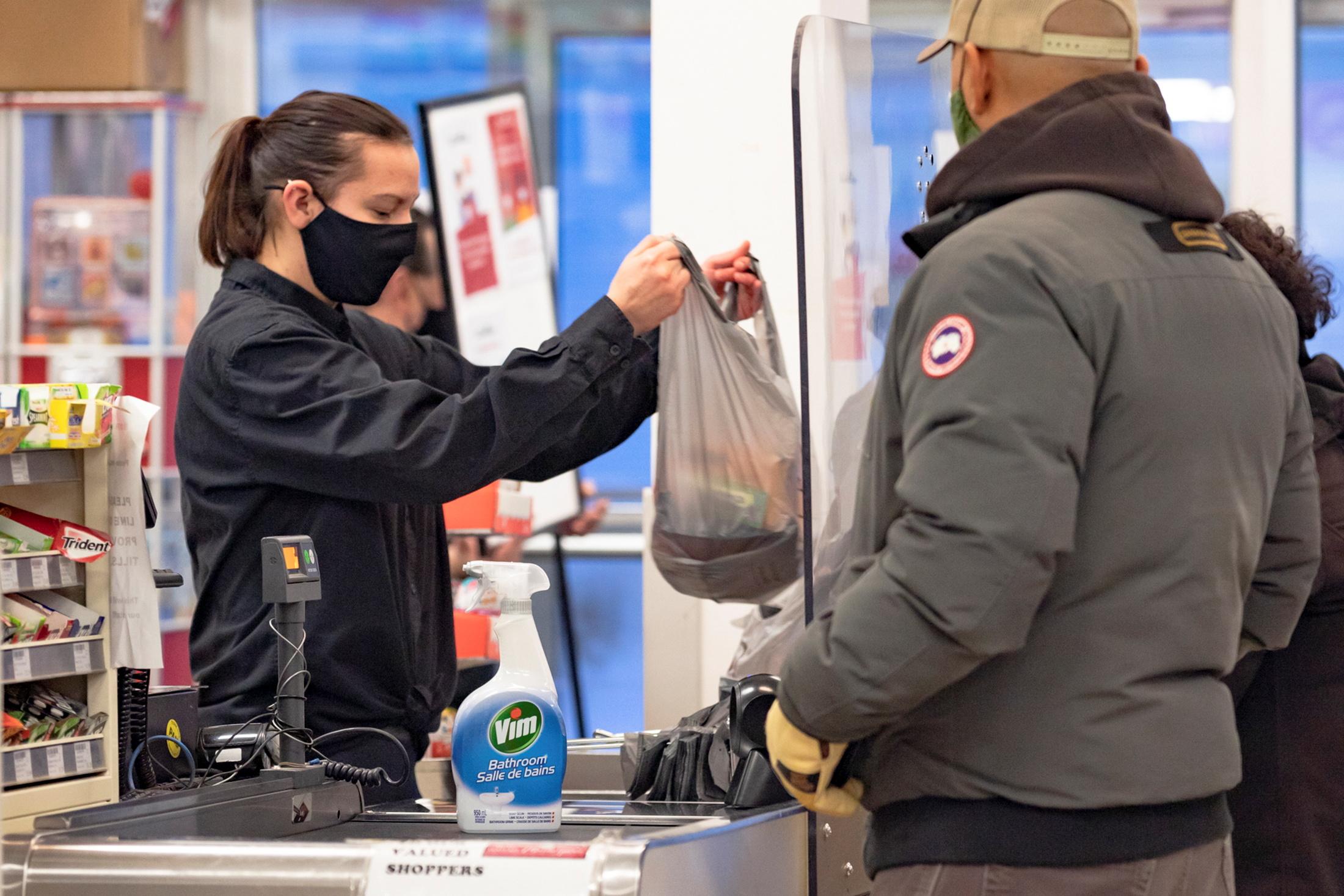 Καναδάς: Κίνδυνος ακόμη και πάνω από 20.000 κρούσματα κορονοϊού ημερησίως
