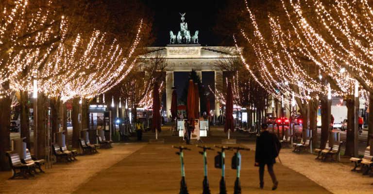 Γερμανία: Δεν χαλαρώνουν τα μέτρα για τον κορονοϊό στο Βερολίνο τις γιορτές