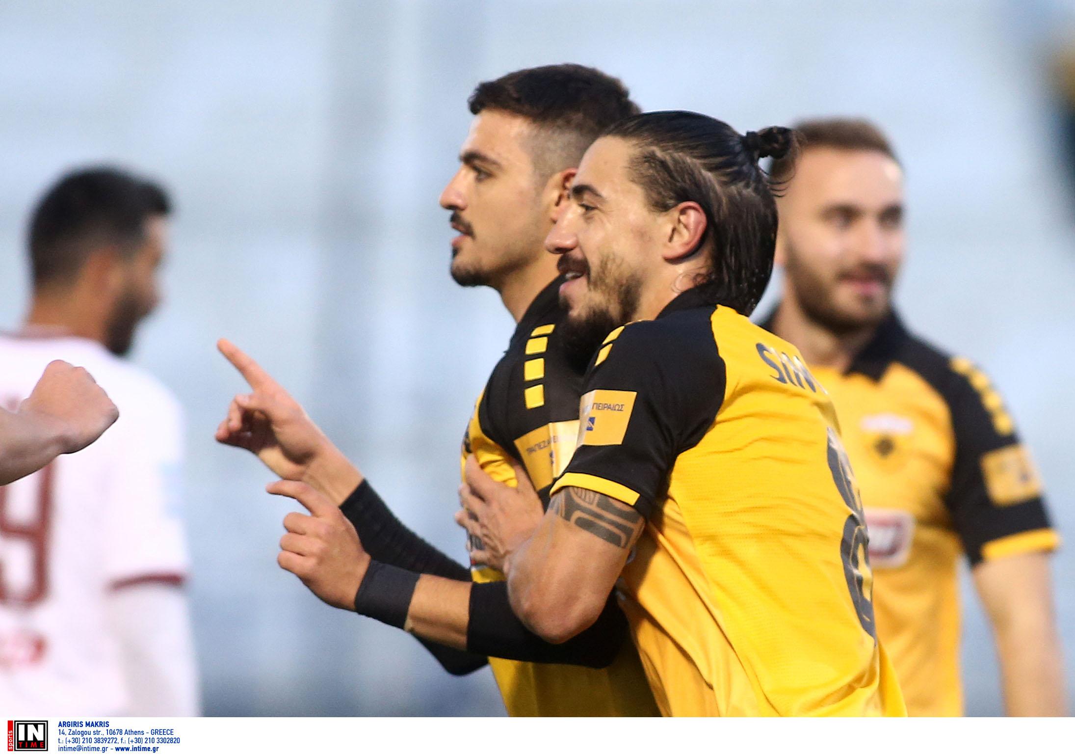 """Σιμόες: """"Ο Γαλανόπουλος ήταν μαθητής μου, συνέχισε έτσι Κώστα"""" (pic)"""