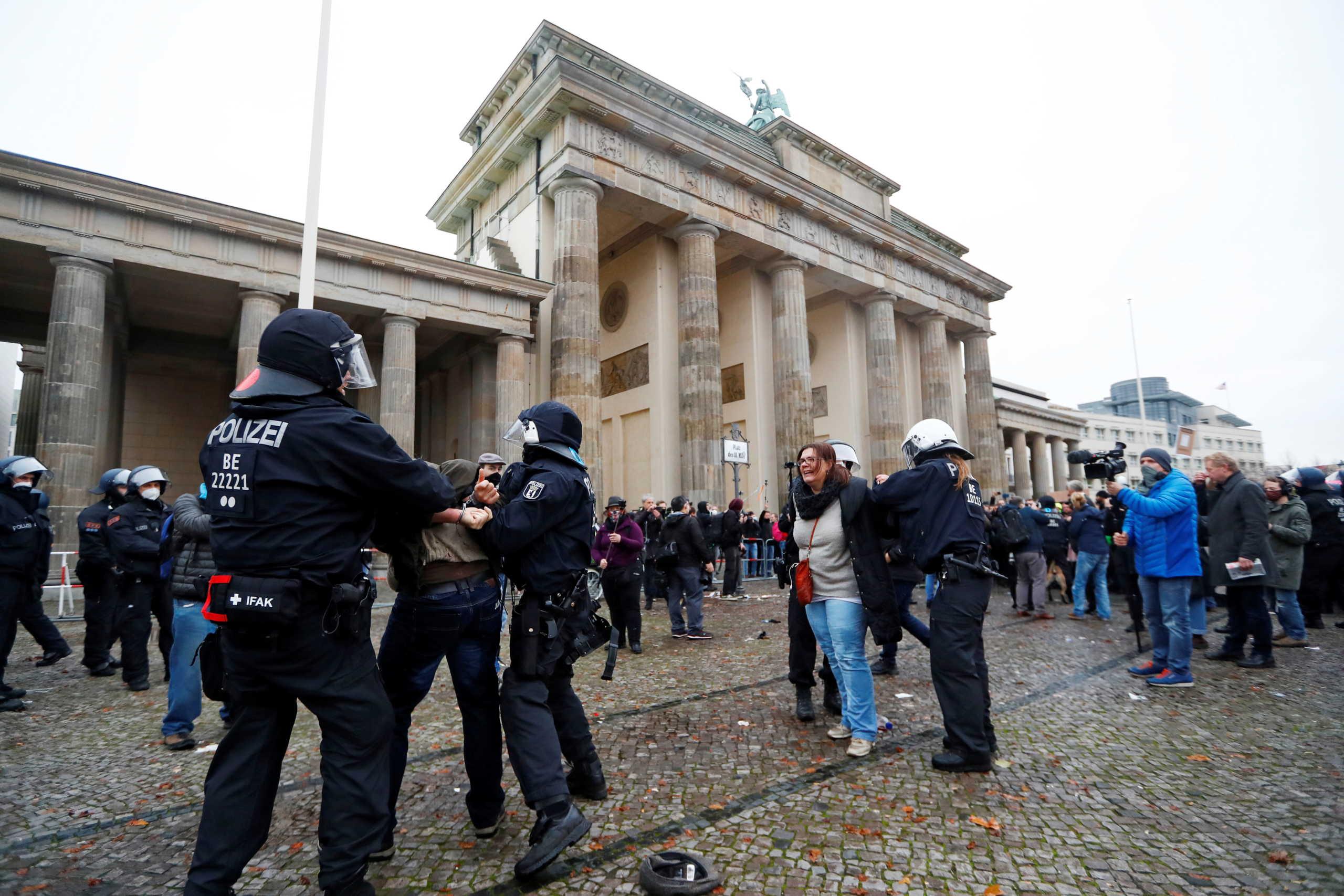 Γερμανία: Διαδήλωση στους δρόμους του Βερολίνου