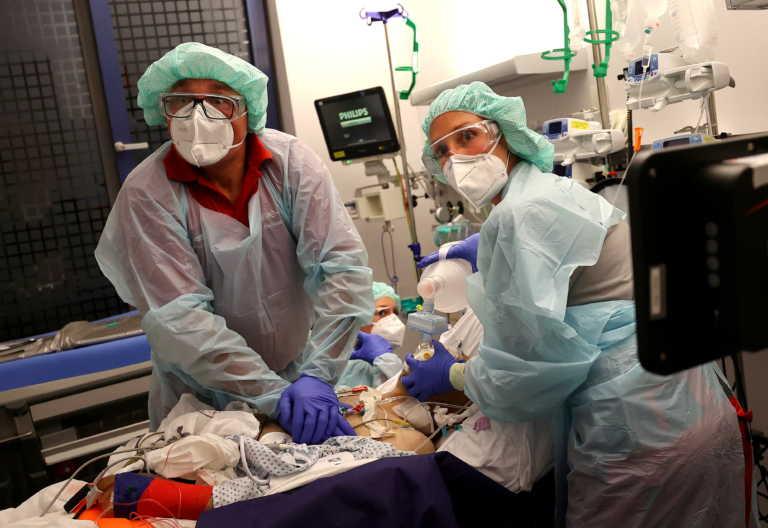 ΠΟΥ: Νέο ρεκόρ κρουσμάτων κορονοϊού παγκοσμίως – 67.000 νεκροί σε μία εβδομάδα