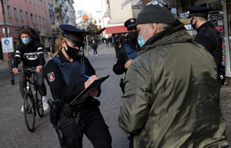 Γερμανία – Κορονοϊός: Ανοιχτό το ενδεχόμενο τα μέτρα να παραταθούν ως τον Μάρτιο