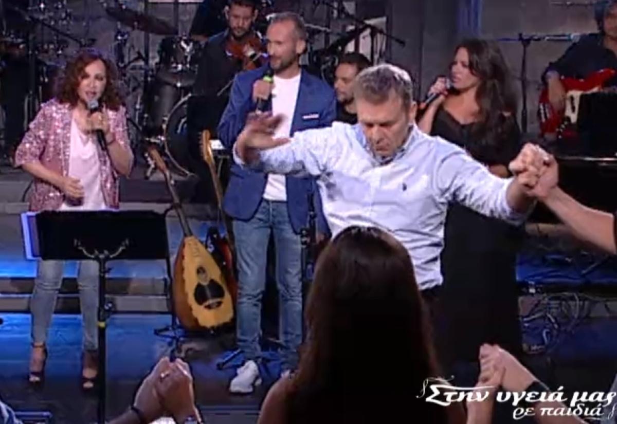 """Ο Γκλέτσος """"τα έσπασε"""" στον Παπαδόπουλο με τον λεβέντικο χορό του! (Βίντεο)"""