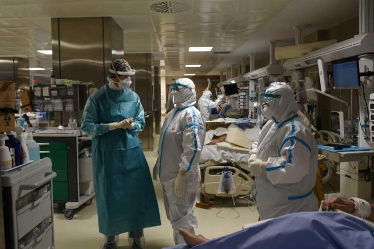 Η κολχικίνη στη μάχη κατά του κορονοϊού: Ποιους ασθενείς αφορά και πότε θα χορηγείται