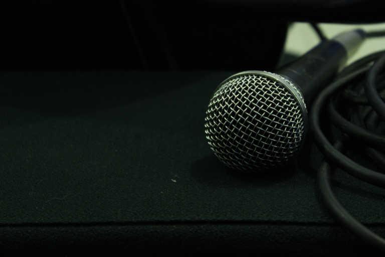 Δύσκολες ώρες για Ελληνίδα τραγουδίστρια: Έχασε κοντινό της πρόσωπο από κορονοϊό