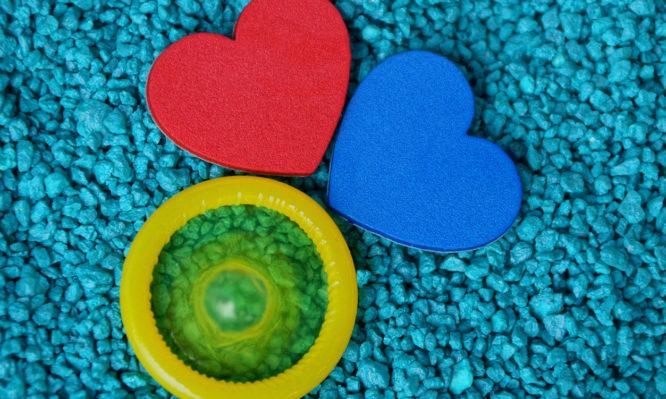 Συμπτώματα από πιθανό Σεξουαλικώς Μεταδιδόμενο Νόσημα τα οποία επιβάλλεται να ελέγξεις