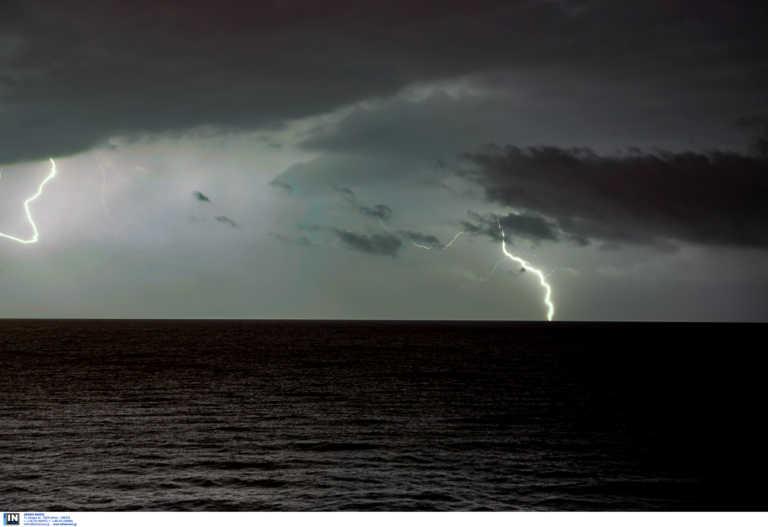 Καιρός: Κρύο, χιόνια καταιγίδες και πανίσχυροι άνεμοι 9 μποφόρ – Που «χτυπά» η κακοκαιρία