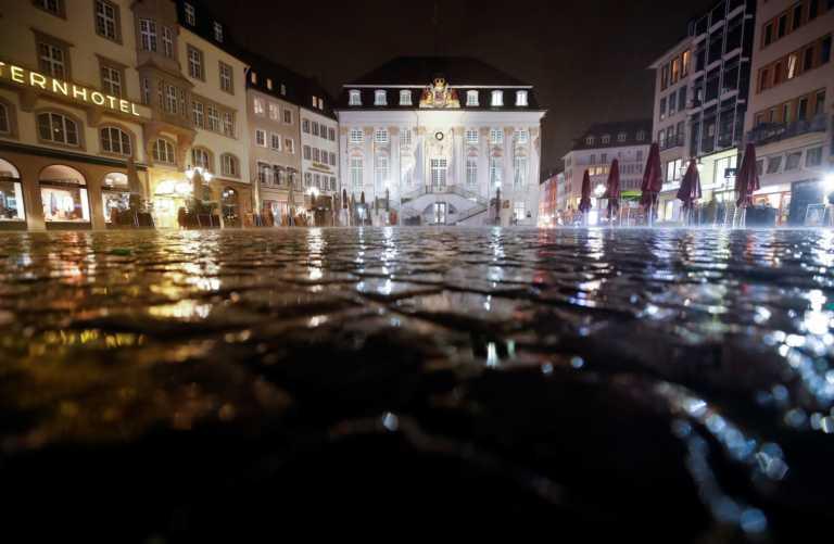 Κορονοϊός: Παράταση του lockdown και μετά τον Ιανουάριο βλέπει το 79% των Γερμανών