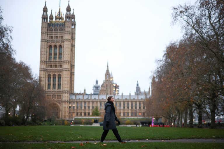 """Βρετανία: Σε κατάσταση """"εκτάκτου ανάγκης"""" θα παραμείνει το Λονδίνο μετά την άρση του lockdown"""