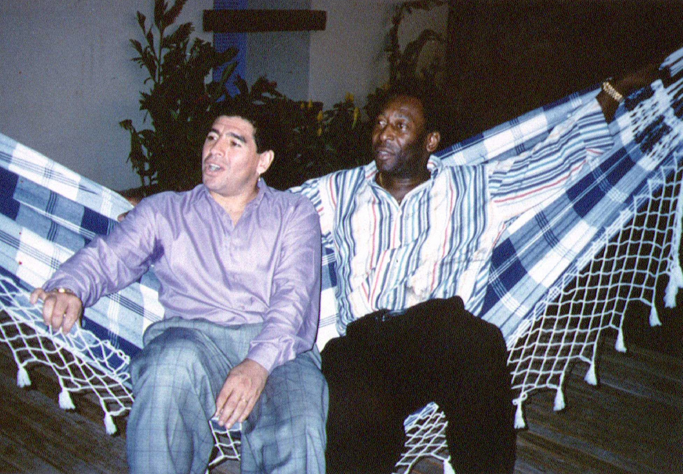 Πελέ για Ντιέγκο Μαραντόνα: «Μια ημέρα ελπίζω να παίξουμε μαζί μπάλα στον ουρανό»