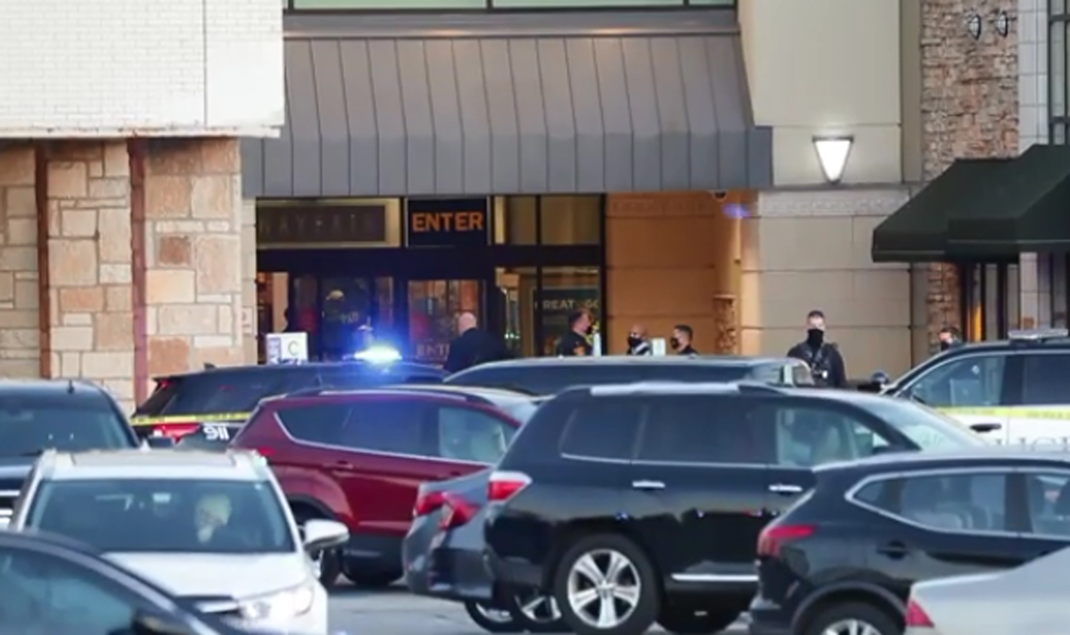 ΗΠΑ: Πυροβολισμοί σε εμπορικό κέντρο στο Μιλγουόκι – 8 τραυματίες