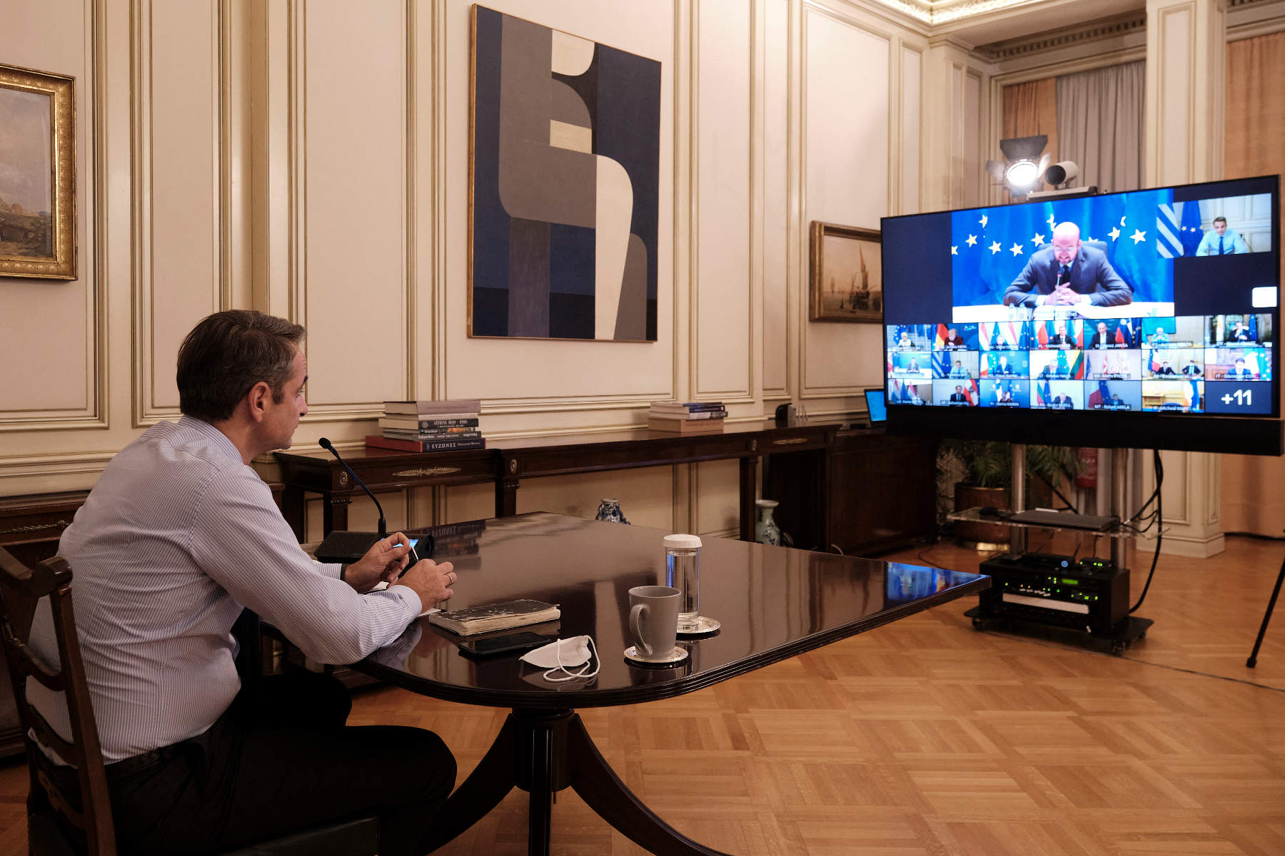 Μητσοτάκης σε τηλεδιάσκεψη ηγετών της ΕΕ: «Μέτρα στήριξης και για το πρώτο τρίμηνο του 2021»