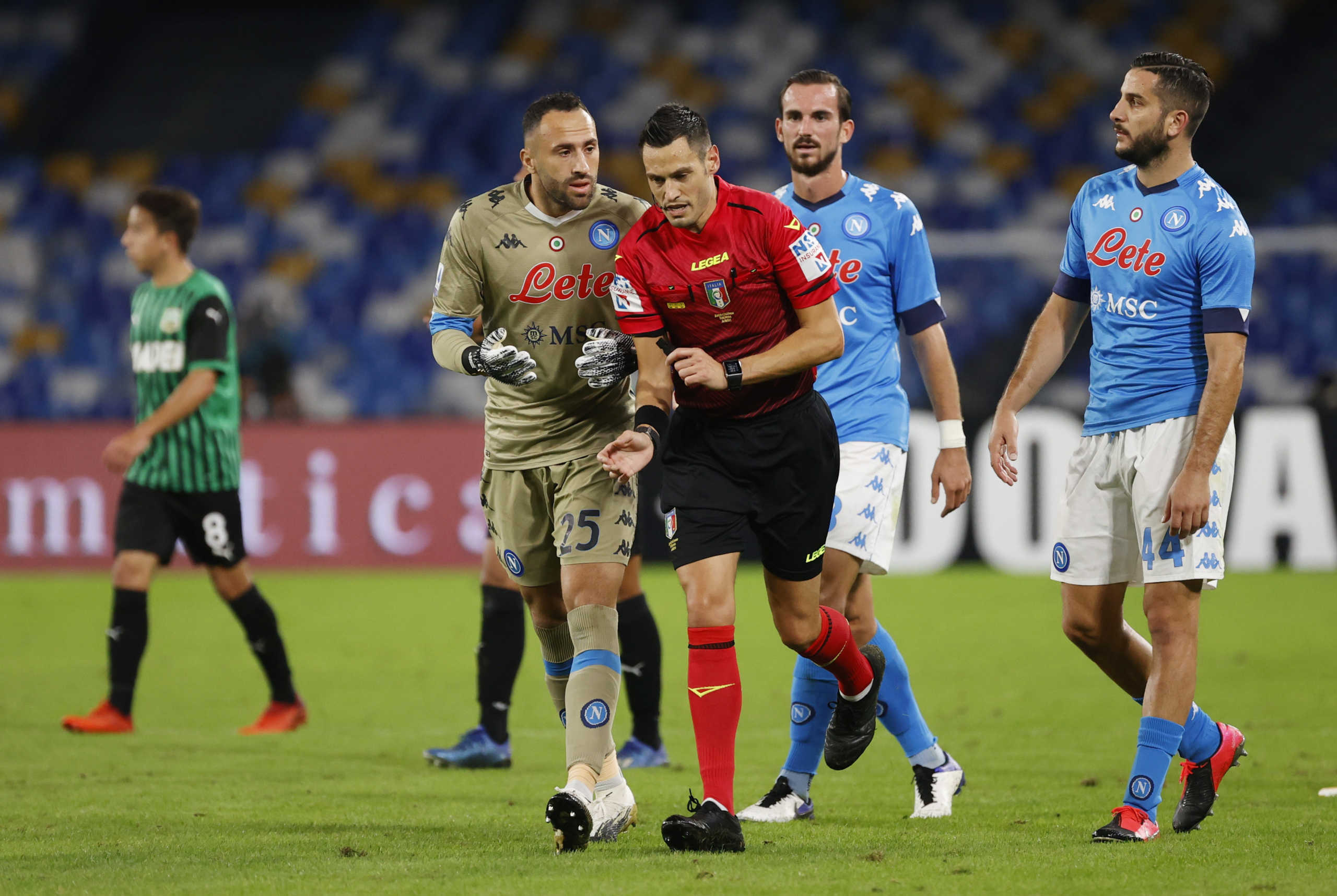 "Serie A: ""Τρελαίνει"" κόσμο η Σασουόλο! Πέρασε κι από τη Νάπολι αφού ακυρώθηκε γκολ του Μανωλά (videos)"