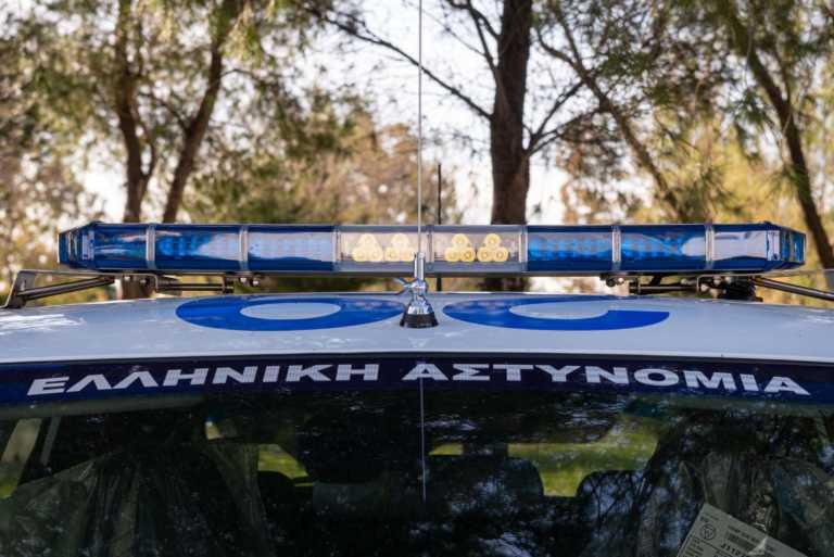 Σοκ στο Λουτράκι – Άνδρας επιτέθηκε με σπαθί στον αντιδήμαρχο (video)