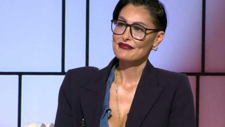 Συγκλόνισε η Ρούλα Δημητριάδου για το ατύχημα: «Έσκασε το οινόπνευμα, κάηκα στο πρόσωπο»