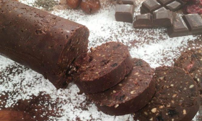 """""""Αθώο"""" σαλάμι σοκολάτας για καραντίνα χωρίς extra κιλά!"""