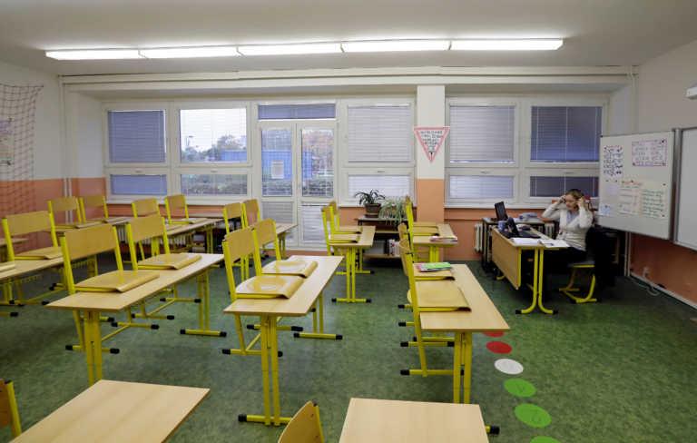 Γερμανία: Ζητούν κλειστά σχολεία μόνο σε περίπτωση έξαρσης του κορονοϊού