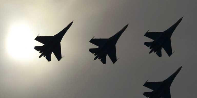 "Su-27: Επικίνδυνα ""παιχνίδια"" ρωσικών και αμερικανικών αεροσκαφών στη Μαύρη Θάλασσα"