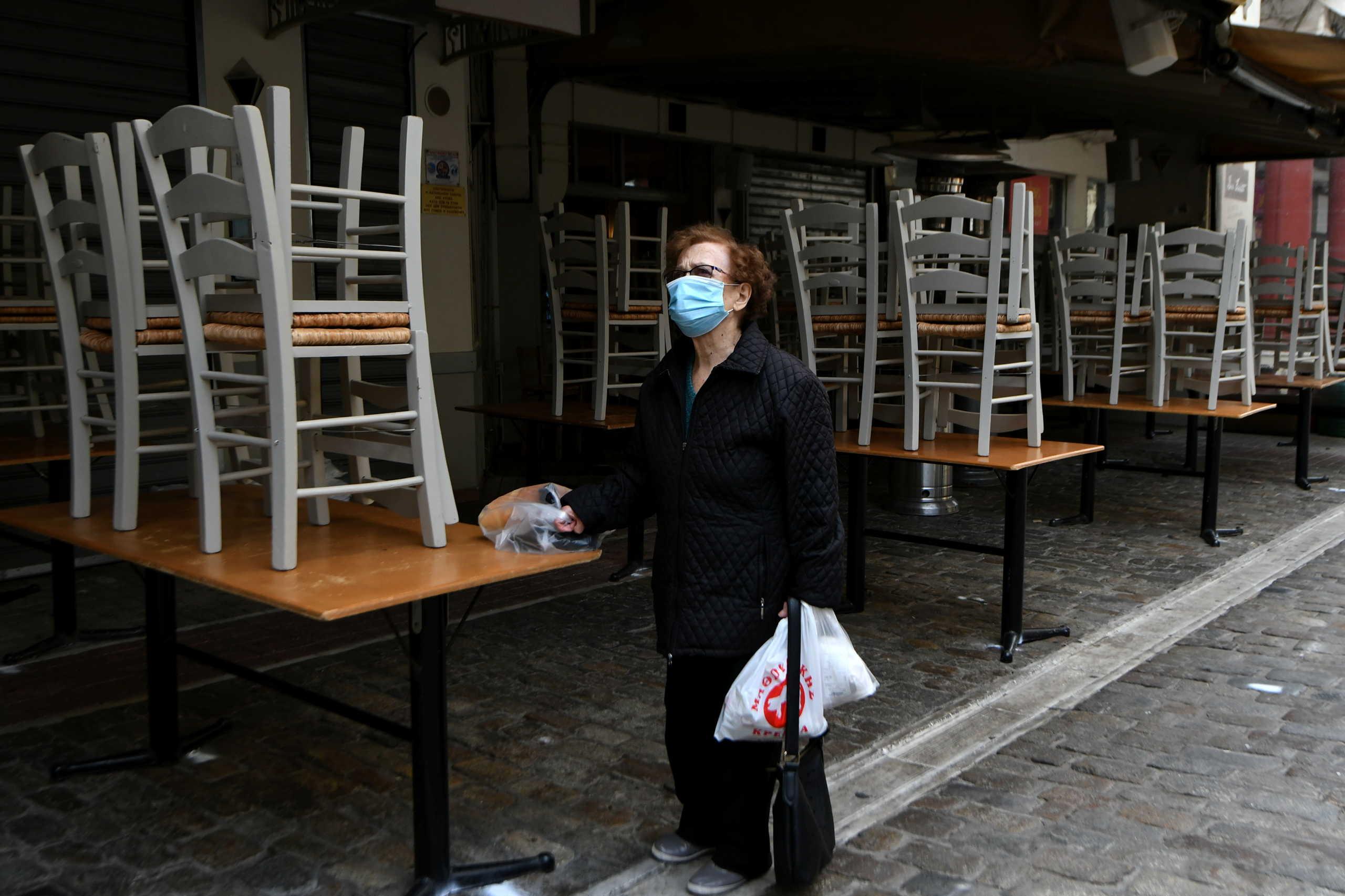 """Κορονο-σοκ από την εκτόξευση των κρουσμάτων στην Ελλάδα – Στο 11% ο δείκτης θετικότητας! """"Πληγή"""" η Θεσσαλονίκη"""