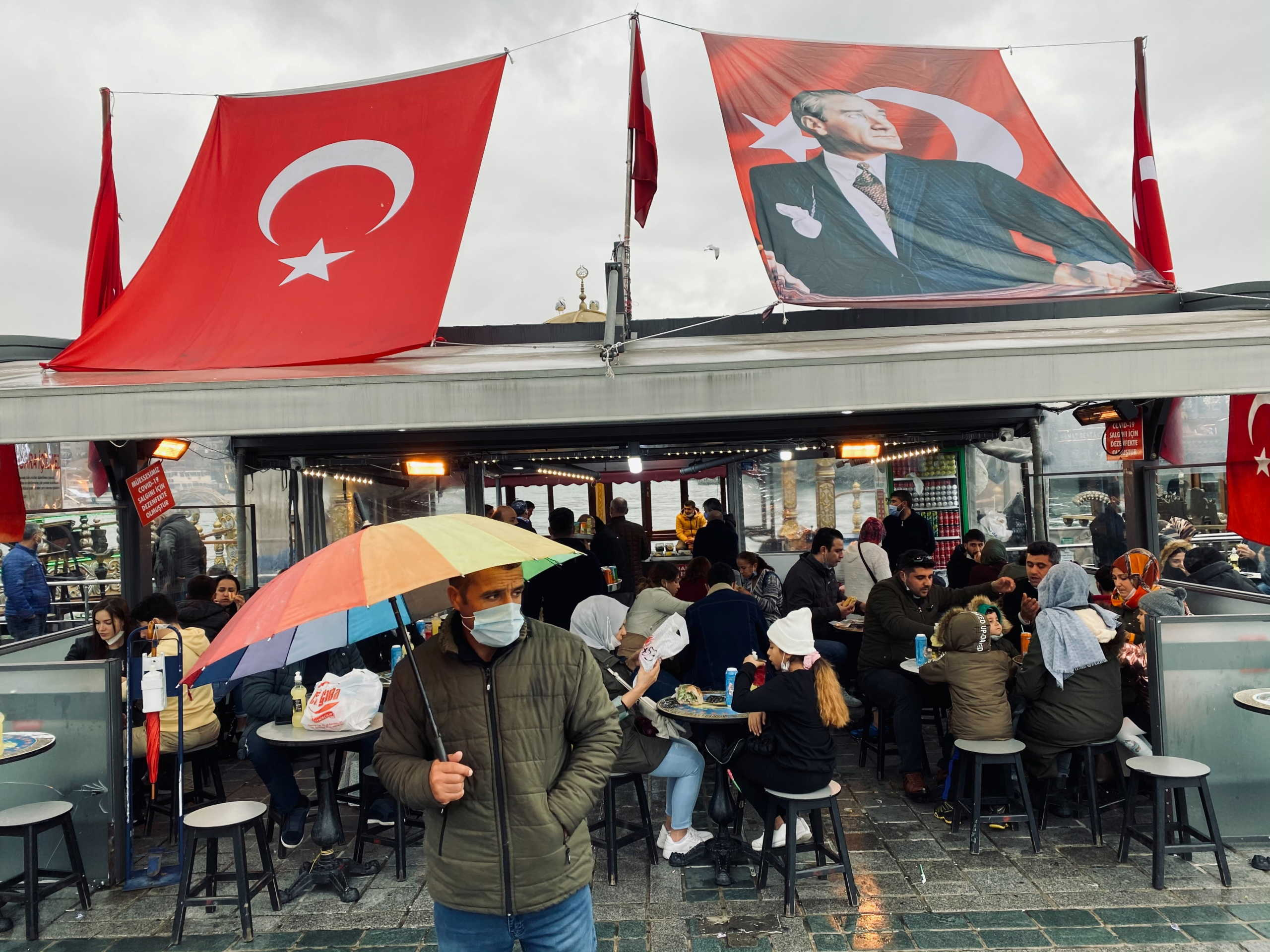 Κορονοϊός: Πάνω από 9.000 κρούσματα σε μια μέρα στην Τουρκία
